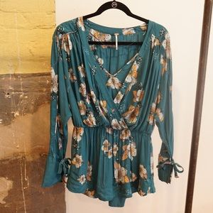 Free people blouse size small
